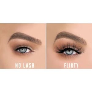 🌸LAVAA BEAUTY Flirty Lash Set🌸